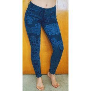RARE Levi's Legging Boho Print Skinny Jeans